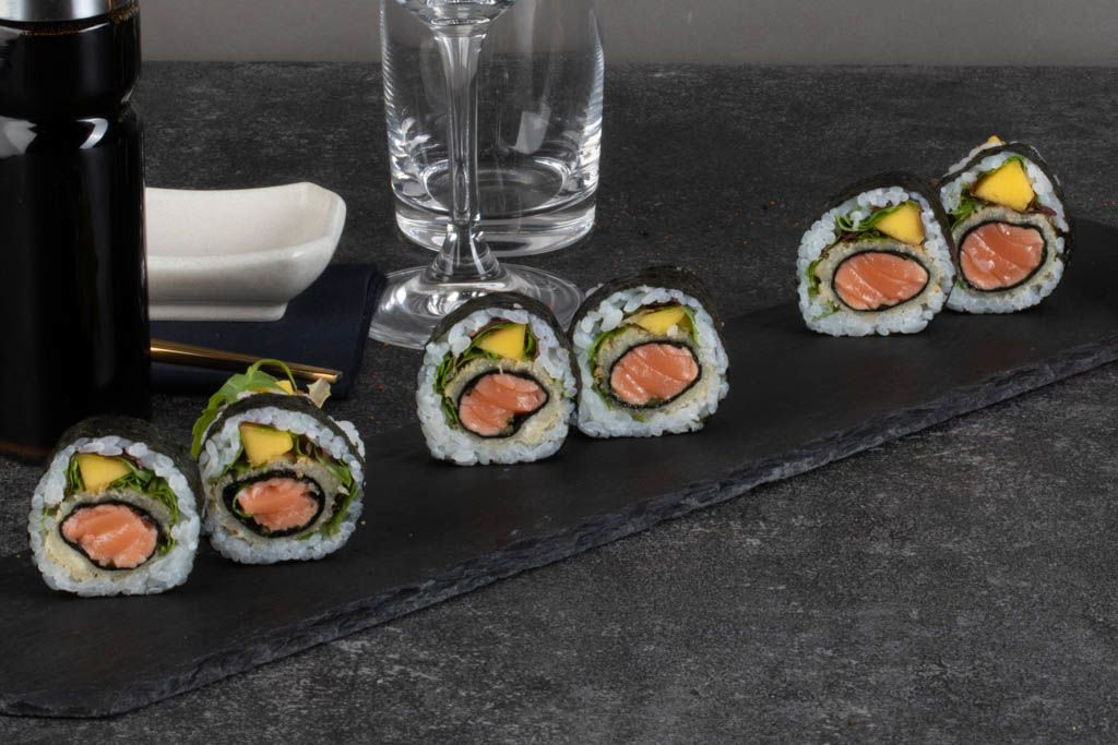 Billede af Spicy Salmon tempura futomaki