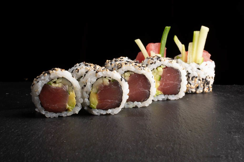 Picture of Tuna roll uramaki